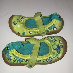 Little Girls Toddlers Chooze Shoes size 8